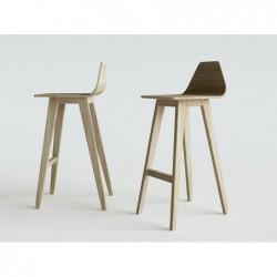 FORM HOKER krzesło barowe z litego drewna polski design