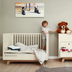 PEEKABOO CRIB łóżko z zestawem przekształceniowym w skandynawskim stylu