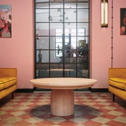 MS108 okrągły stolik z litego drewna, polski design