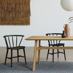 TEKLA ponadczasowe czarne krzesło drewniane, polski design