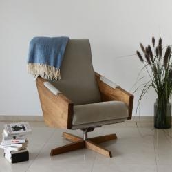 ENI OBROTOWY fotel z litego drewna, polski design